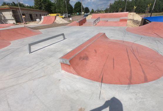 Betonowy skatepark województwie łódzkim