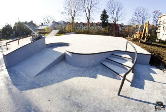 Betonowy skatepark w Tarnowie