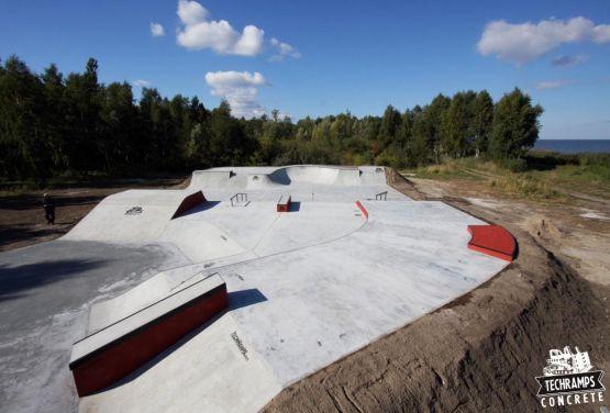Skatepark Betonowy w miejscowości Trzebież