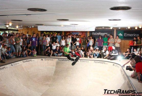 bowl competencia en Cracovia