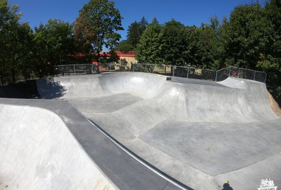 Konkreten skatepark in Gorzów Wielkopolski