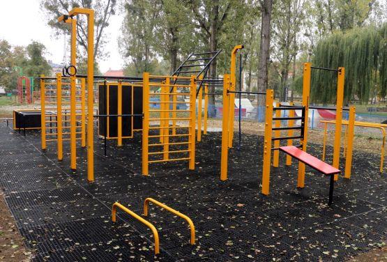 Calisthenic park von FlowParks