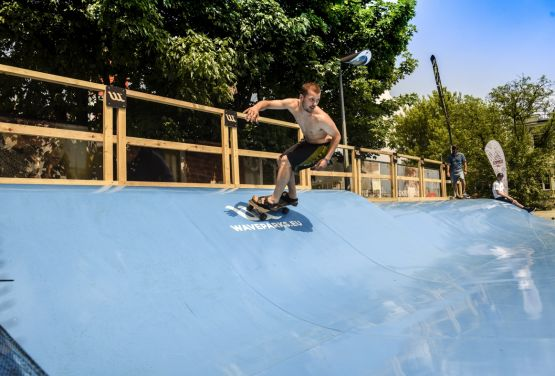 Waveparks - carver surf