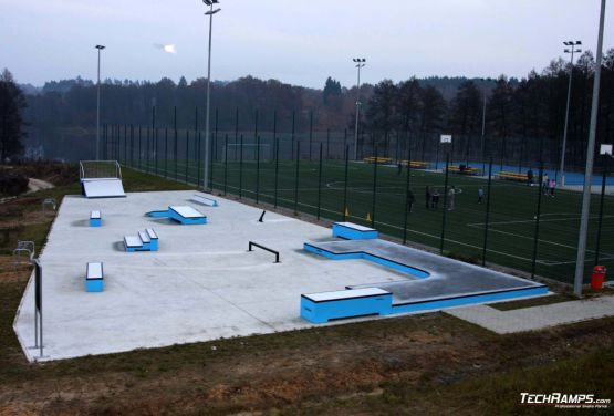 Concrete skatepark in Torzym