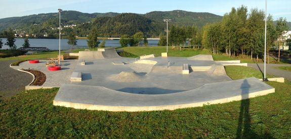 Concrete skatepark in Lillehammer (Norway)