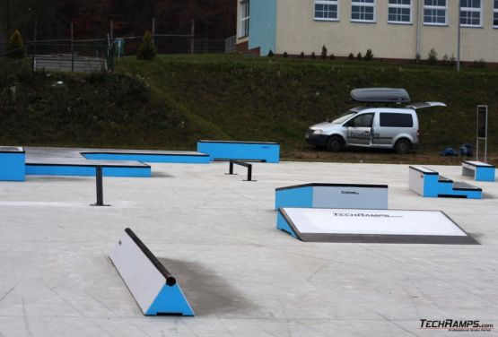View on obstacles - skatepark Torzym