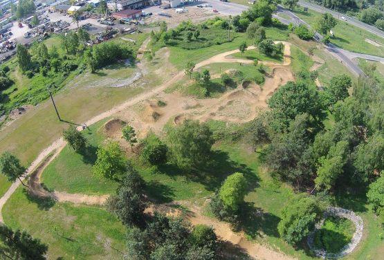 Dirt park - drone