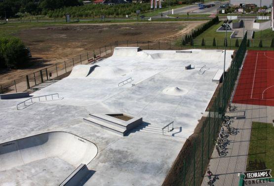Wolsztyn - skatepark beton