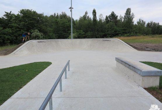 Rail and box - skatepark Chorzów