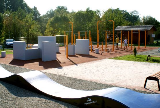 Pumptrack/Street workout/parkour park in Maków Podhalański