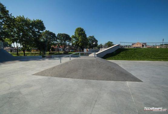 Concrete skatepark in Wąchock - Poland