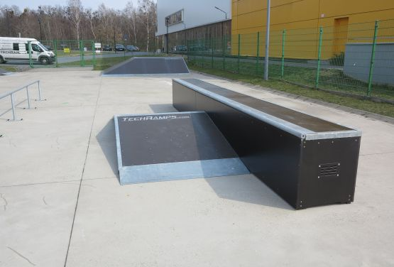 Funbox in skatepark in Tarnowskie Góry