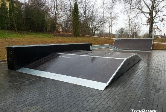 Funbox w skateparku (Szczebrzeszyn)
