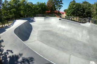 Concrete skatepark in Gorzów Wielkopolski