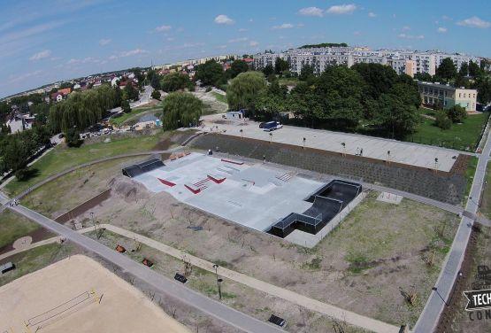 Betonowy skatepark - Busko-Zdrój