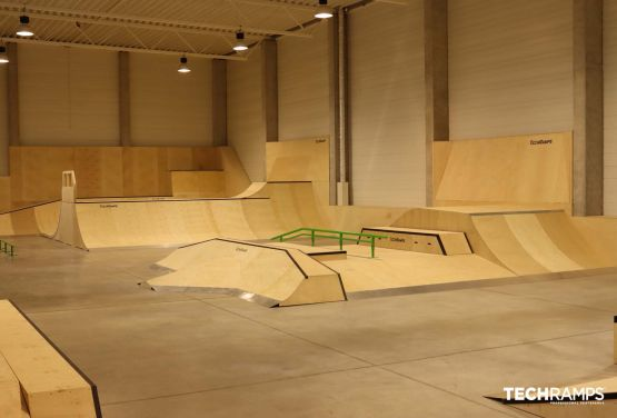 Year-round indoor skatepark Cracow