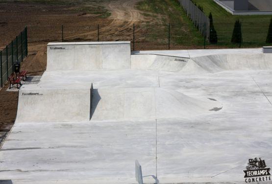 Monolithischer Skatepark - Wolsztyn