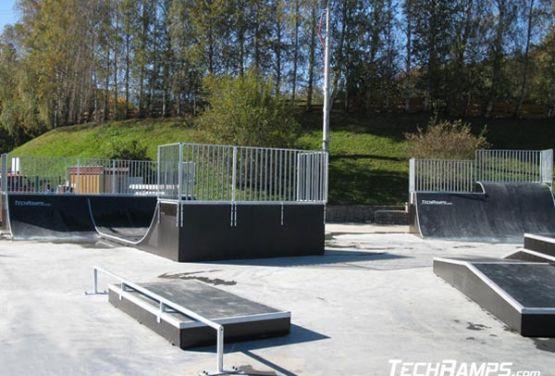 Manual Pad skatepark in Świeradów-Zdrój in Polen