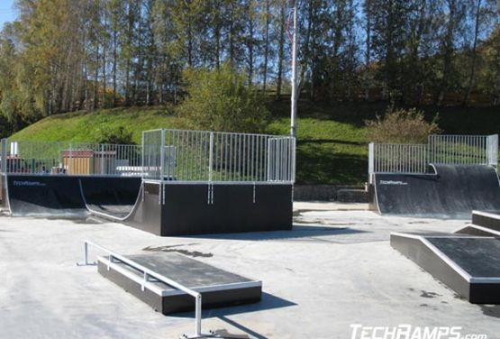 Manual Pad skatepark in Świeradów-Zdrój