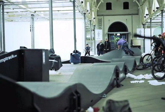 Composite Pumptrack à Copenhague