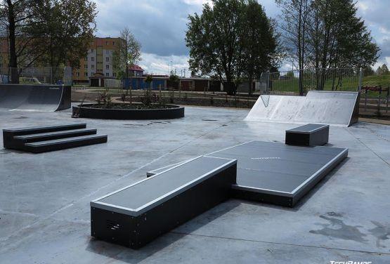 Obstacle in modular skatepark (Pisz)