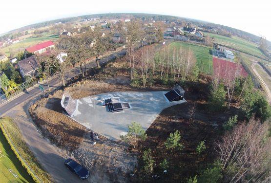 Modular skatepark in Kamionki