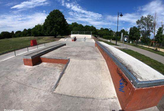 Obstáculos de la calle - skatepark Bydgoszcz