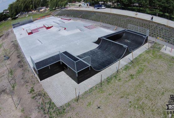 Monolityczny skatepark - Busko-Zdrój