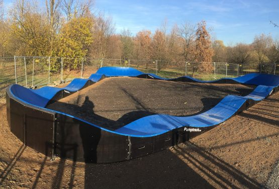 Blue Pumptrack in Cracow