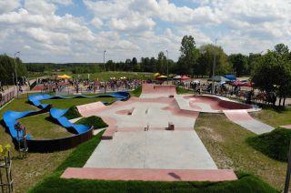 Concrete skatepark Sławno (Poland)