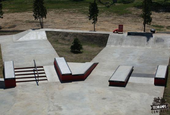 Przysucha - Kokreter skatepark - woodcamp