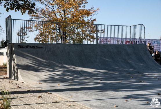 Concreto skatepark en Nakło nad Notecią