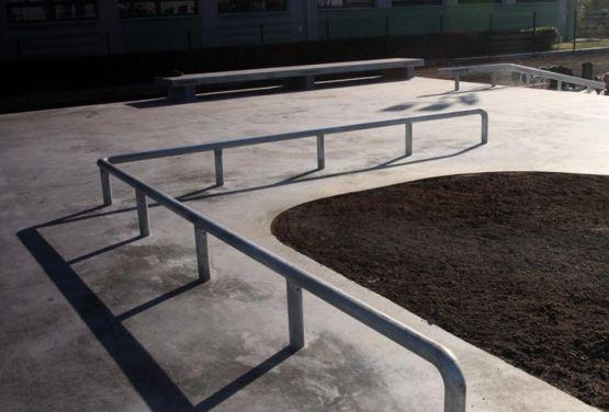 Skatepark in Będzin - rail