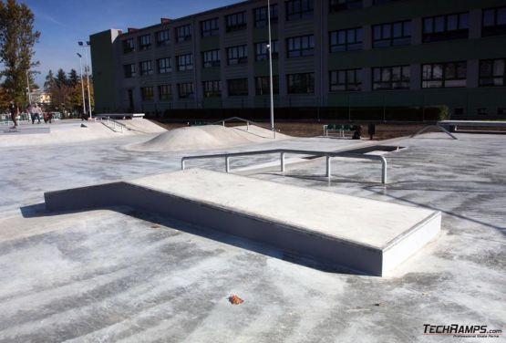 Betonowe elementy skatepark Będzin