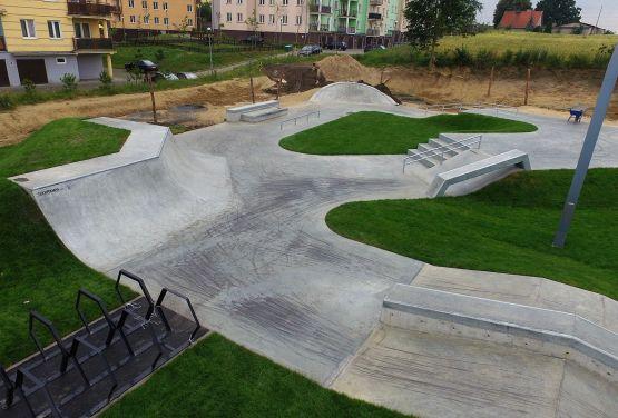 Techramps - skatepark betonowy w Świeciu
