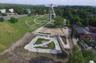 Widok z góry na skatepark w Chorzowie