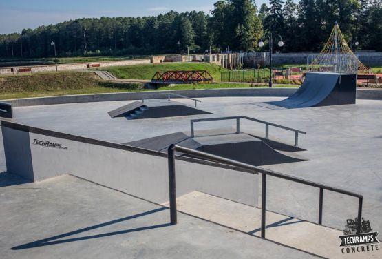 Techramps - skatepark Wąchock - Polonia