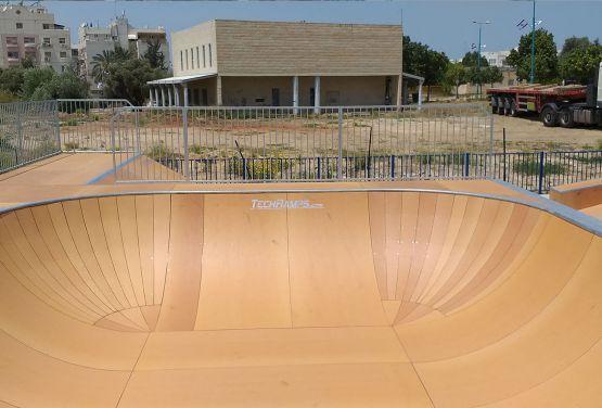 Bowl - Ramla skatepark skateline technologie