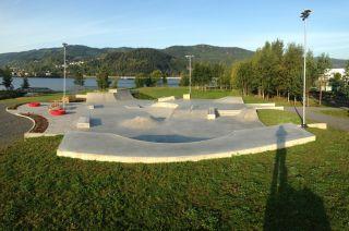 Skatepark de concreto en Lillehammer