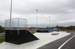 Przeszkoda w skateparku w Bilczy