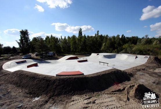 Monolith - Skatepark Trzebież
