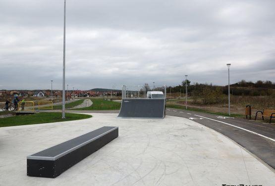 Ansicht auf skatepark in Bilcza