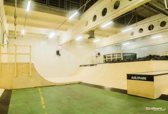 AvePark (Warsaw) skatepark in hall