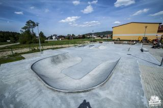 Blick auf den Skatepark Milówka
