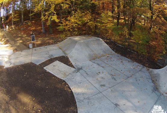 Concrete obstacles in Szklarska Poręba skatepark