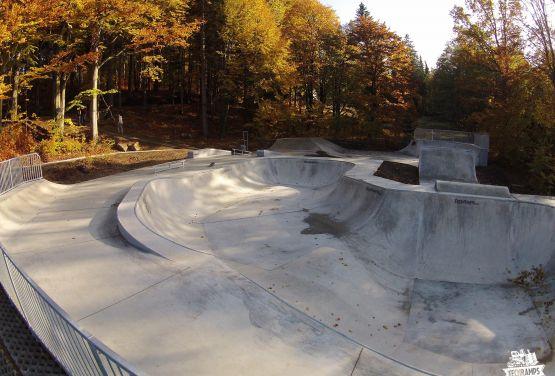 Concrete bowl- skatepark - Szklarska Poręba in Poland