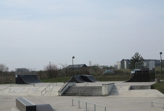 Skatepark in Tarnowskie Góry (Silesia Province) -side view