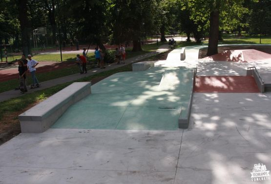 béton skatepark à Cracovie