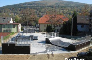 Skatepark à Świeradów-Zdrój