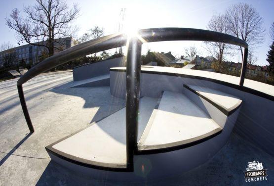Skatepark Tarnów - Konkreter